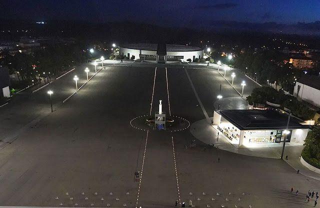 Acompanhe em Directo: Um manto de luz que atravessa o mundo a partir de Fátima