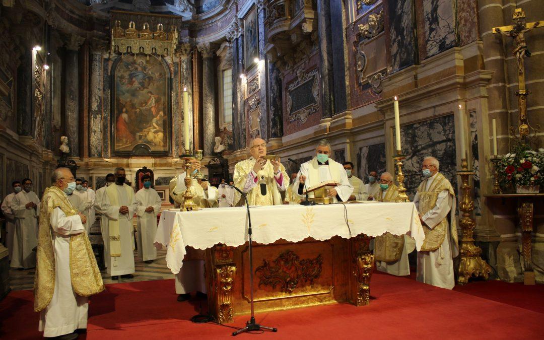 Já pode ouvir o Ser Igreja de 14 de Junho: Solenidade do Sagrado Coração de Jesus e iniciativa Mater Rosário em destaque