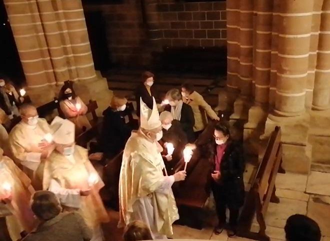 Sábado Santo, às 21h30: Solene Vigília Pascal na Catedral de Évora