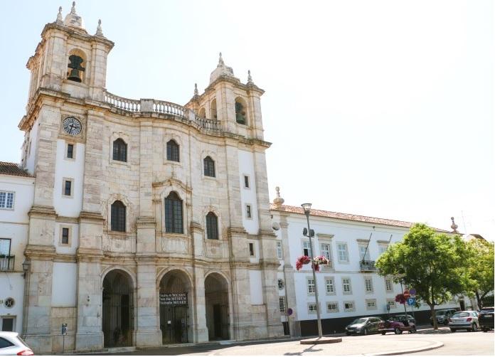 MUSEUS E POSTO DE TURISMO DE ESTREMOZ REABREM NA PRÓXIMA SEMANA