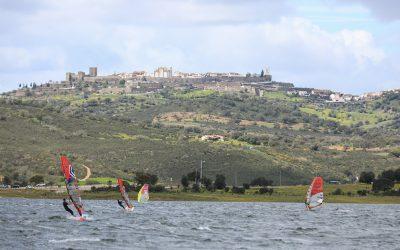 Monsaraz Windsurf Festival inicia competições oficiais de windsurf