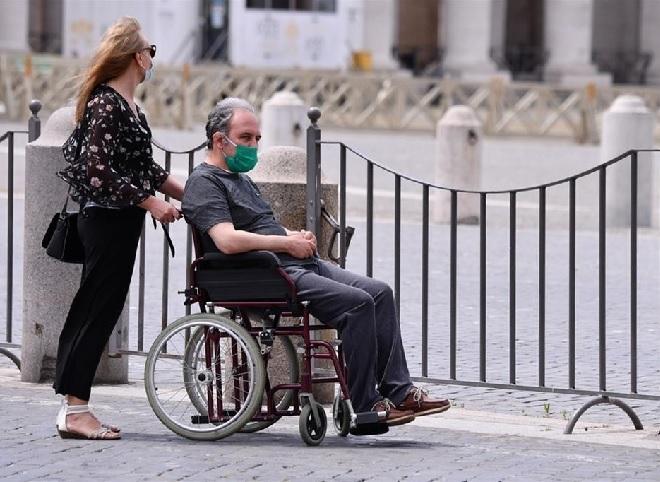 Covid-19: Vaticano lança mensagem para valorização das pessoas com deficiência e dos cuidadores
