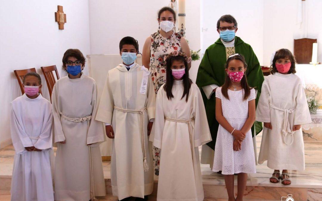 Foros de Vale de Figueira: Batismo e Primeira Comunhão