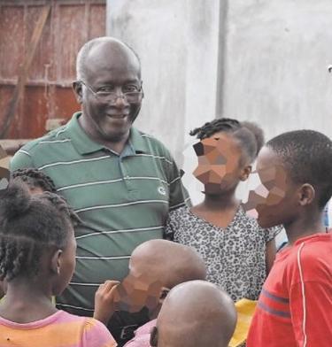 HAITI: Sacerdote que cuidava de crianças órfãs e de pessoas sem-abrigo foi assassinado a tiro num assalto