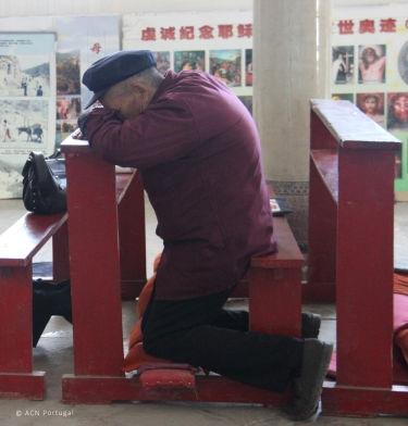 CHINA: Autoridades oferecem recompensa pela denúncia de actividades cristãs consideradas ilegais